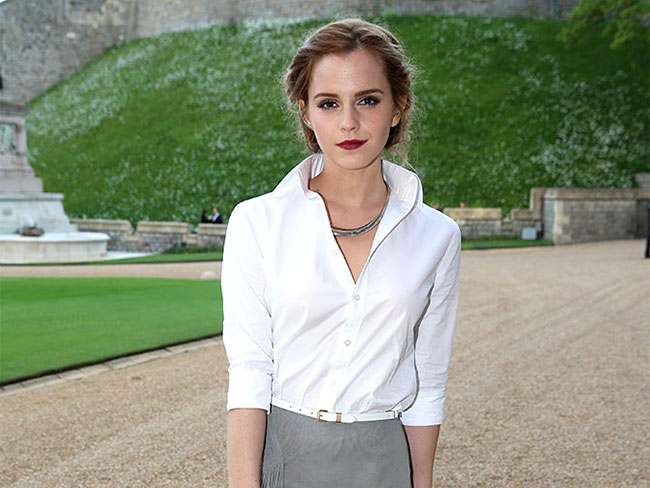 Hackers threaten Emma Watson with nude pics