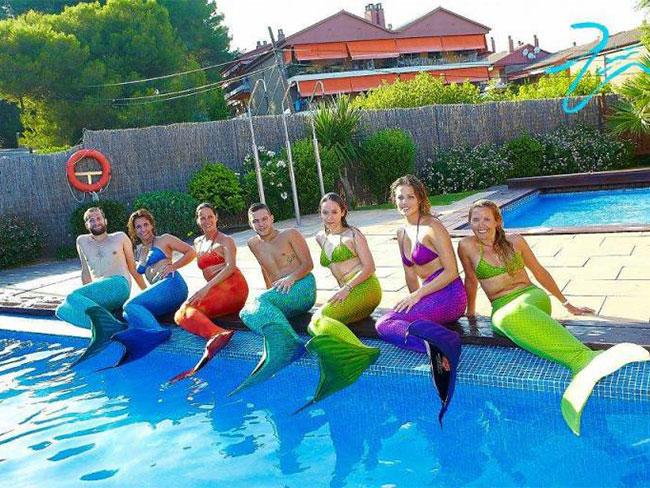 So A Mermaid Academy Exists In Europe Sirenas Mediterranean Academy Cosmopolitan
