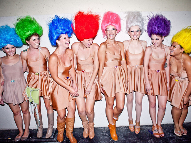 11 non-horrifying Halloween costume ideas for groups of friends