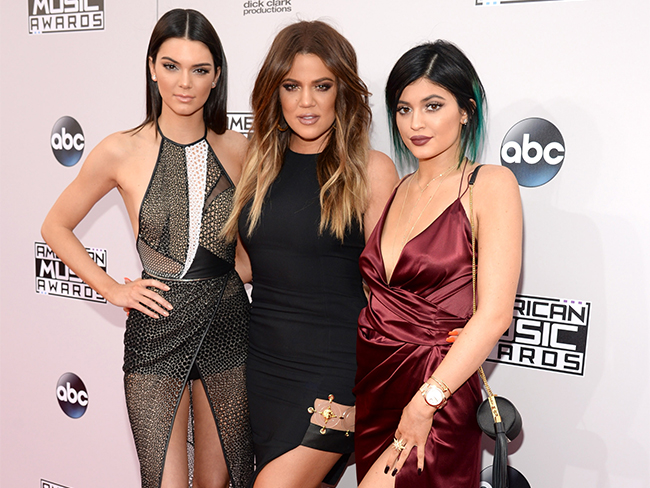 American Music Awards red carpet watch