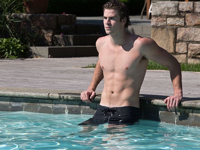11 times Liam Hemsworth flaunted his good genes