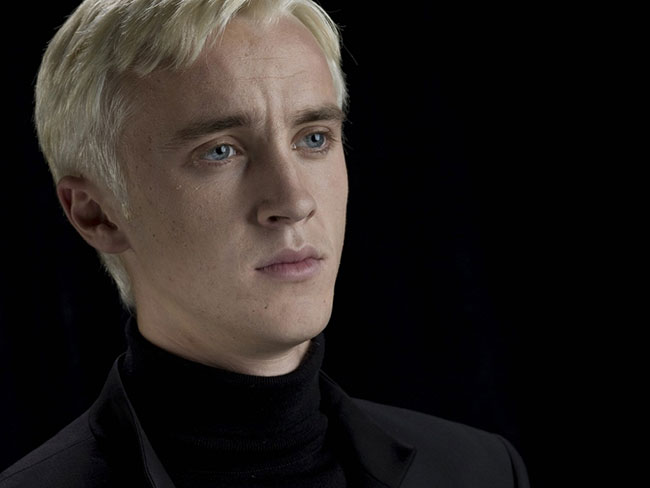 Someone is pretending to be Draco Malfoy on Tinder