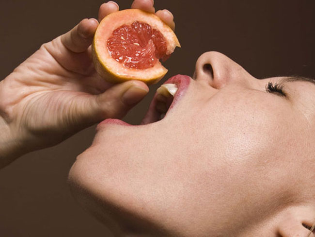 I gave my boyfriend a grapefruit blow job