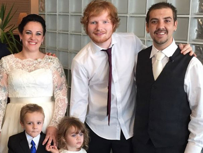 Ed Sheeran crashed this couple's wedding