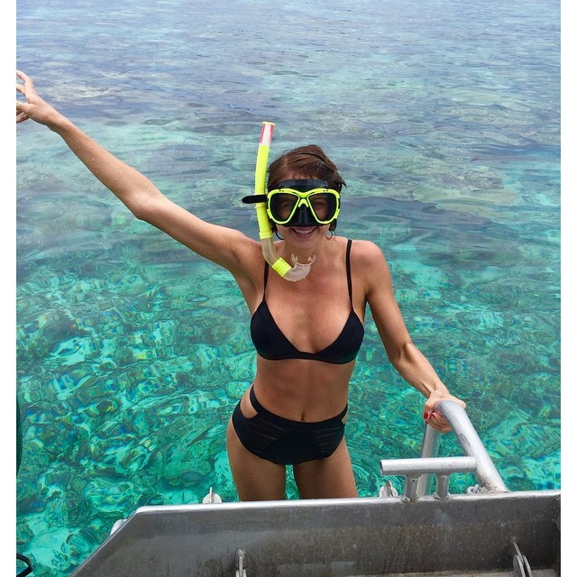 The always-glowing Jesinta takes a dip to cool off last December because she's just that HOT.