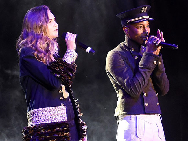 Cara Delevingne is a singer now!