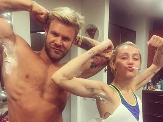 Miley Cyrus Would Like To Show You Her Pubic Hair And Pink