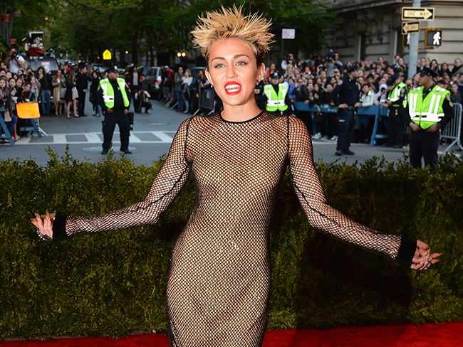 22 of the craziest Met Ball looks ever