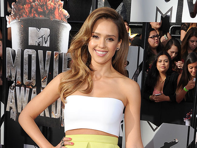 Here's what Jessica Alba eats every day