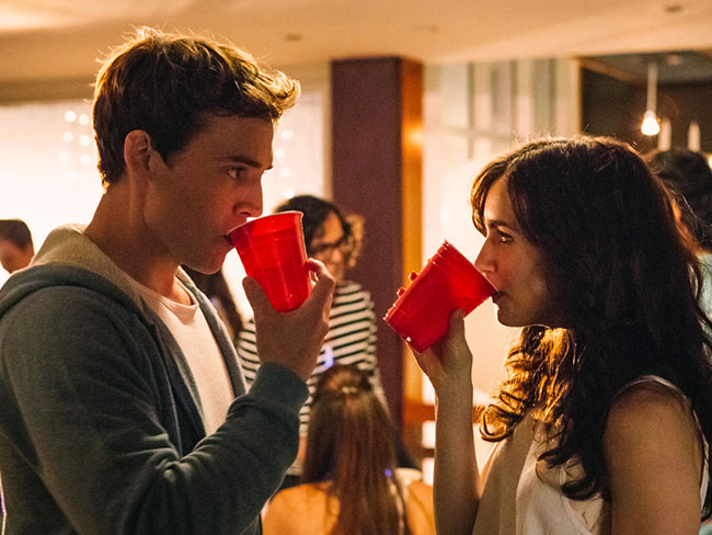 16 reasons dating your high school sweetheart is the best