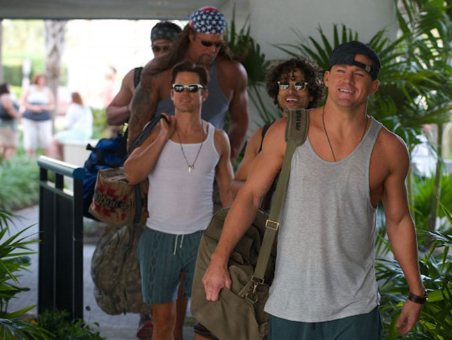 "10 LOL things the ""Magic Mike XXL"" cast has said about waxing and working out"