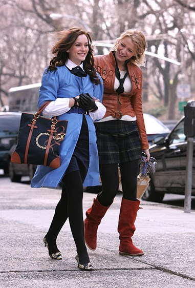 16.Besties who dress together, stay together