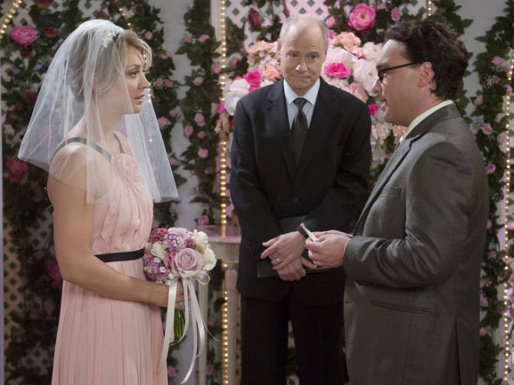 The Big Bang Theory wedding pictures have arrived
