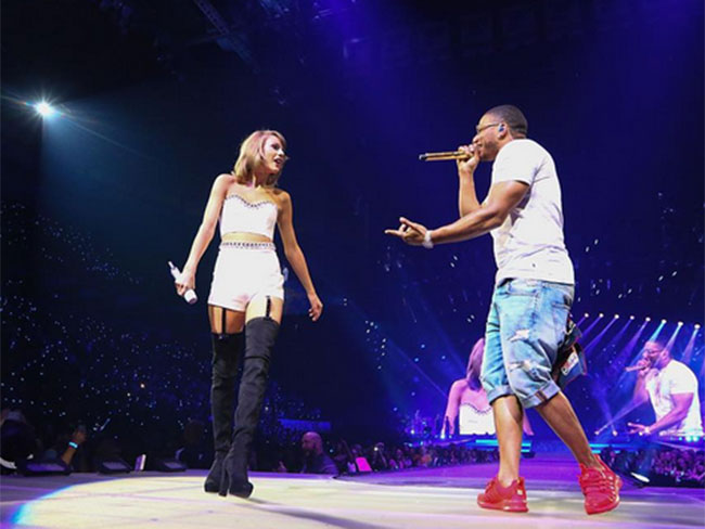 "Taylor Swift gets ""Hot in Herre"" with Nelly and Haim"