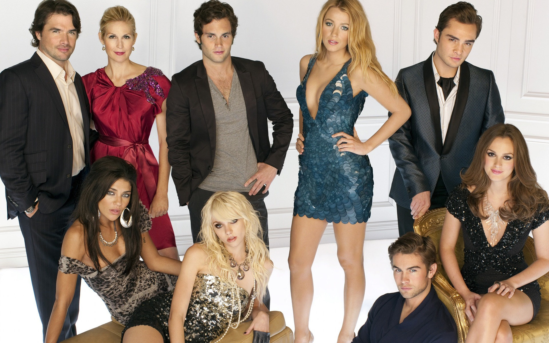 WTF: The Gossip Girl we knew and loved could've been very different