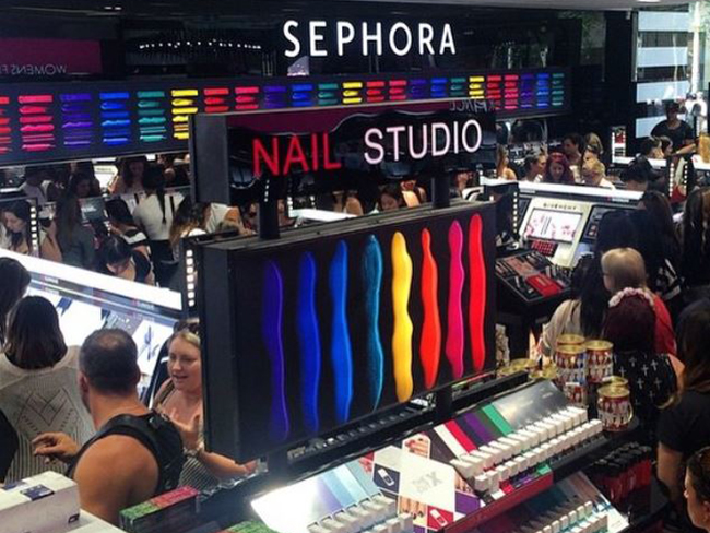 Dec 03, · Sephora Australia has the worst online shipping policy - orders take weeks to process- how is that possible when it's such a huge company?? Do not order online ignore you're seeking the product to be sent that week/5().