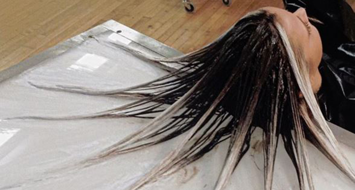 This new hair painting technique is off the hook for Fluid hair painting