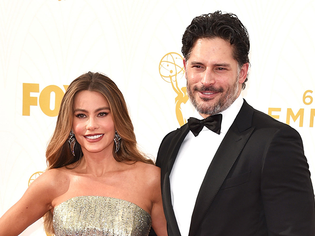 Sofia Vergara is instagramming her wedding for our viewing pleasure