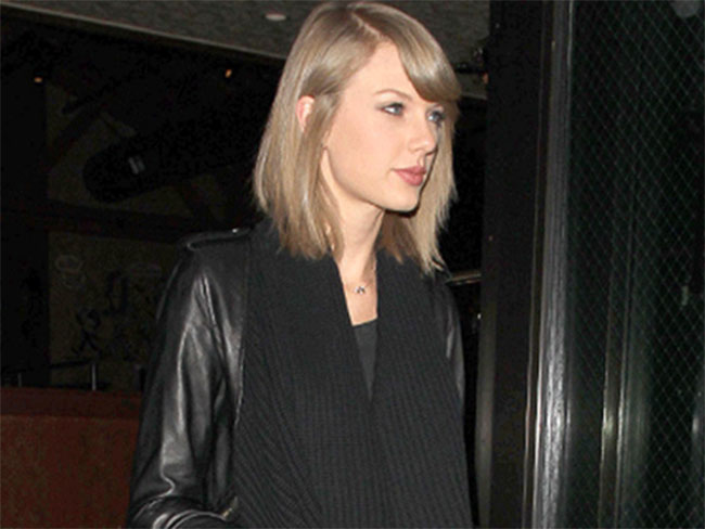 Taylor Swift ruffles some feathers in New Zealand