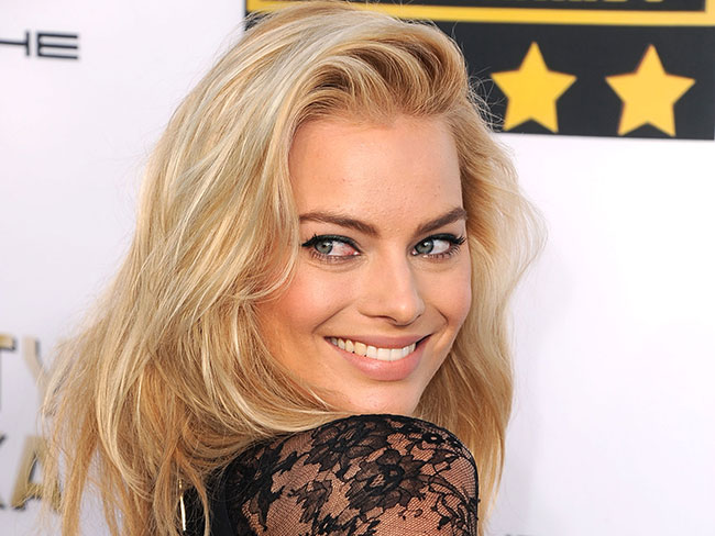 Cosmo chats with Margot Robbie