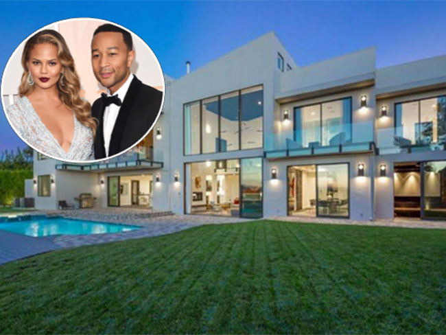 Chrissy Teigen and John Legend bought Rihanna's old home and it's pimp AF