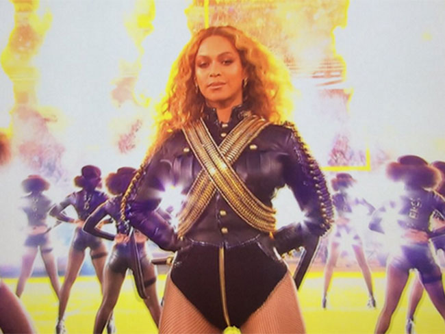 "Beyoncé did ""Formation"" at the Super Bowl and yes it was amazing"