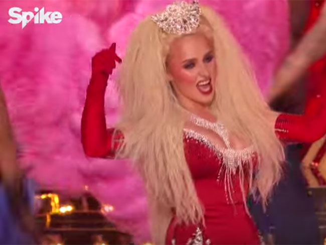 Hayden Panettiere performed Lady Marmalade on Lip Sync Battle, brought real life Christina Aguilera on stage