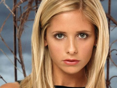 Sarah Michelle Gellar celebrates Buffy's 19th(!) anniversary with an awesome throwback