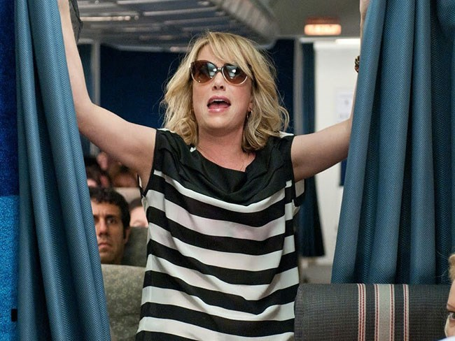 14 things you should NEVER do on aeroplanes