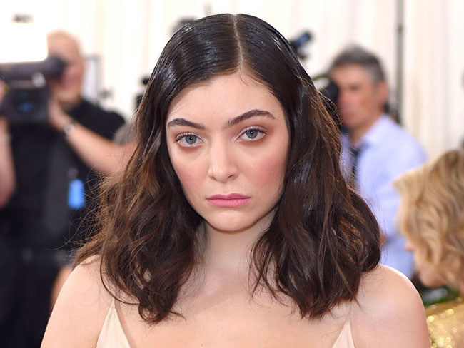 Lorde had a major fangirl moment at the MET Gala