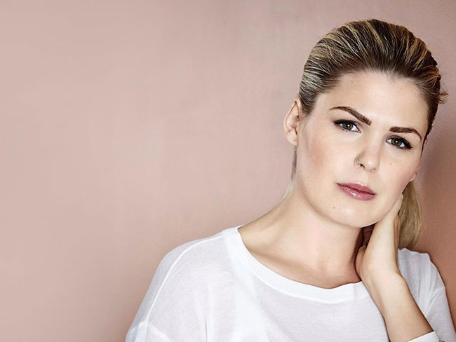 Belle Gibson facing $1 million in fines over cancer scam