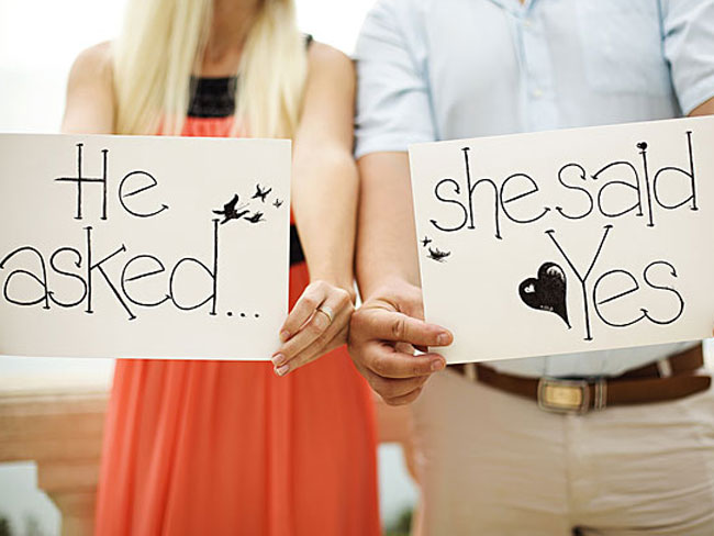 10 cutest Instagram engagement announcements ever