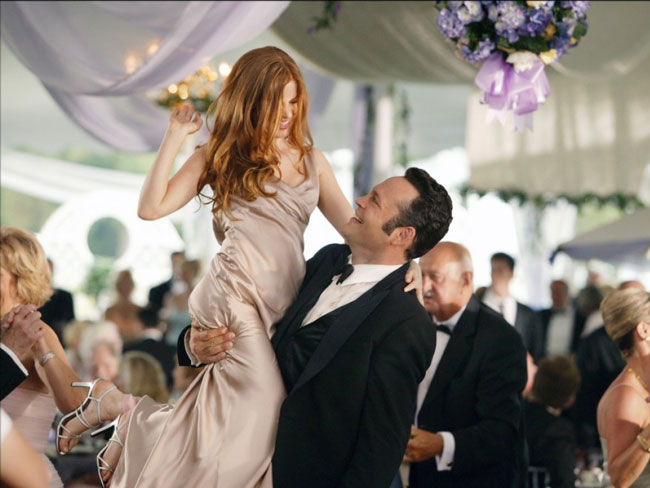 10 things to know about bringing a guy to a wedding