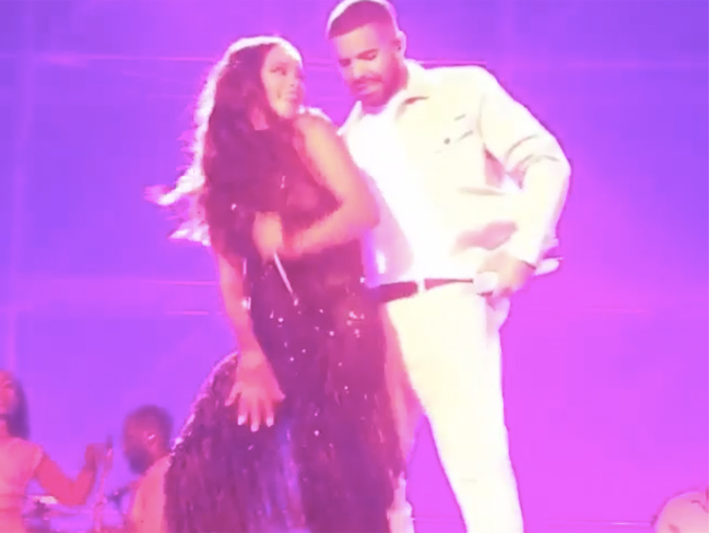 Everyone's losing it over Rihanna and Drake's insanely sexy performance