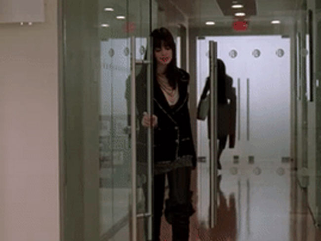 21 behind-the-scenes secrets of The Devil Wears Prada
