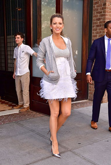 Blake's embellished silver mini is totally gorge and giving us may-jor flashbacks to her Serena days. Plus, this cool girl DGAF about convention - if she's cold, she's gonna wear that grey hoodie and you're gonna want to copy her.