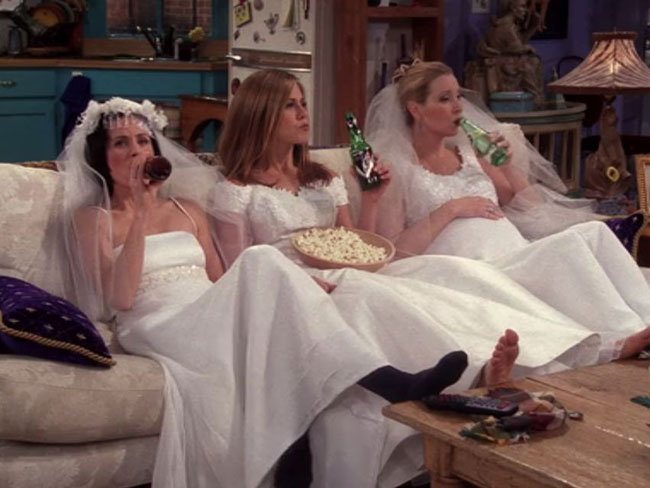 10 mistakes everyone makes when shopping for a wedding dress