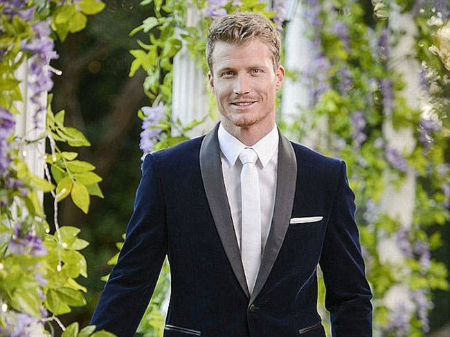 You guys, Richie Strahan is in love with one of the Bachelorettes