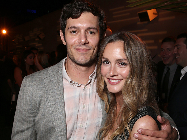 Enjoy this extremely rare sighting of Leighton Meester and Adam Brody