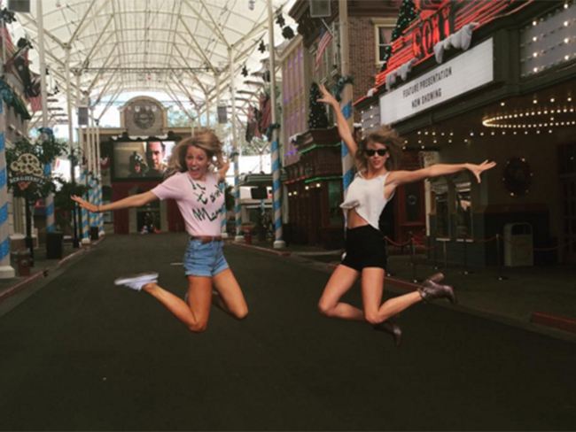 Taylor Swift's birthday message to Blake Lively is even better than Ryan Reynolds'