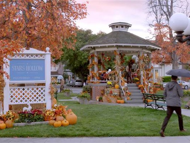 There's going to be a Gilmore Girls festival in the real-life Stars Hollow