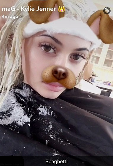 In true Ky-style, she shared the whole thing on Snapchat and we're totally here for it. She says the MAJOR transformation took 'all day' ('cause, well, even Ky's gotta wait for bleach to take), before explaining that she couldn't decide 'between platinum blonde or honey'. Wanna know what she picked?