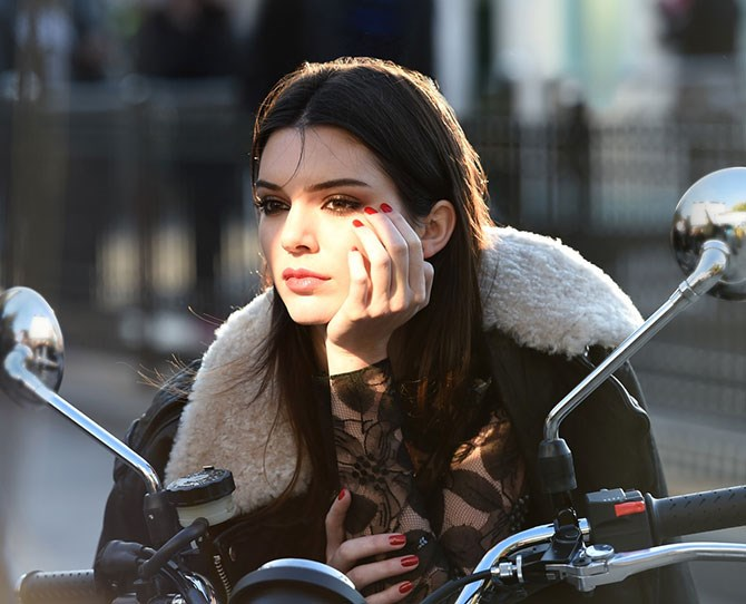"""Kendall Jenner revealed on Instagram that she was to become the new ambassador for Estée Lauder: """"I am super excited to announce that I am the new face of @esteelauder!! Check out [esteelauder.com/kendall](http://www.esteelauder.com/kendall