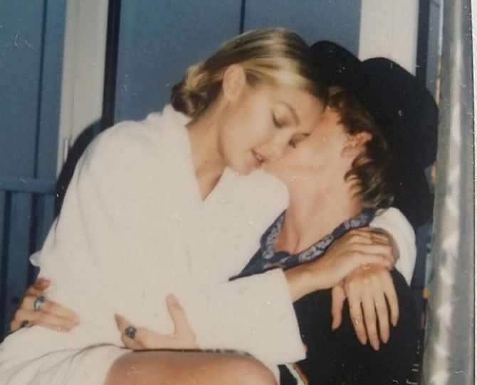 Love birds Gigi Hadid and Cody Simpson were struck by Cupid's arrow on Valentine's Day. Nawww...
