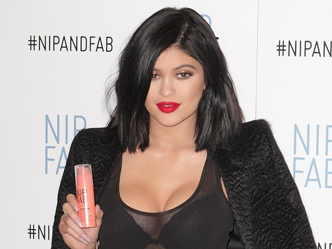 Kylie Jenner responds to bizarre lip plumping craze