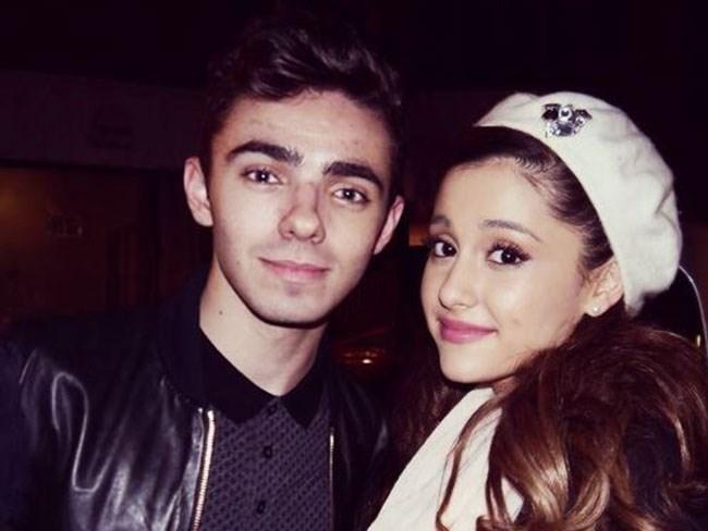 Newsflash: Ariana Grande and ex-BF Nathan Sykes DON'T still talk