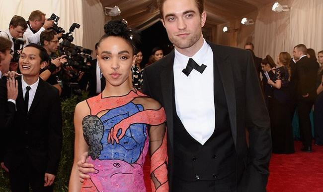 """FKA twigs is """"disgusted"""" by the racism she's copped for being with Robert Pattinson"""