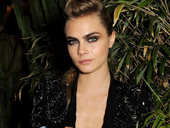 Cara Delevingne has just split with her modelling agency