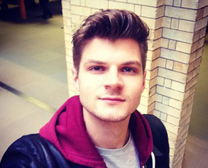 First up is Jim Chapman, a funny vlogger and Zoella's best guy friend who has done the 'Mr and Mrs Challenge' video with his fellow 'Tuber fiancée…