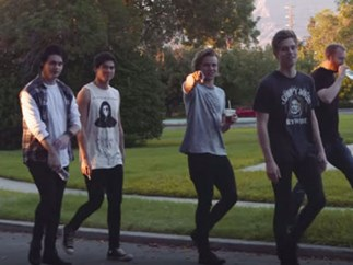"Here's some BTS footage of 5SOS' ""She's Kinda Hot"" video"